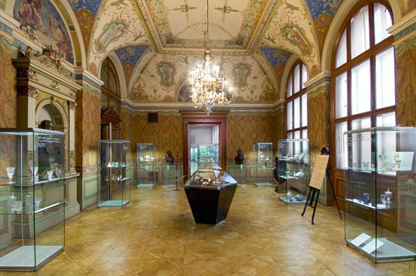 100 Fun Things to Do in Prague: Decorative Arts Museum