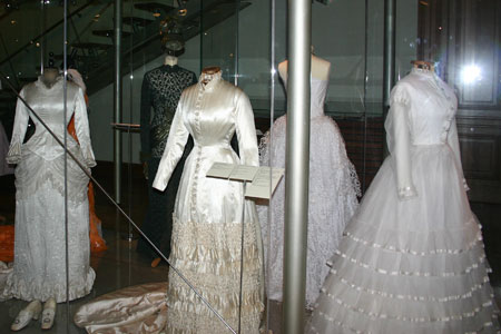 Museum of decorative arts in prague um leckopr myslov for 19th century wedding dresses